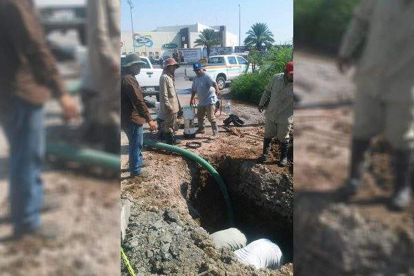 Fuga de agua potable provoca anegamiento en Cuauhtémoc y Diagonal Reforma