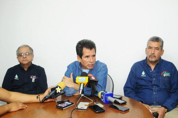 """El Director del Sideapa dijo no temer a lo que llamó """"paro loco de labores"""" por parte de trabajadores sindicalizados, que denunciaron violaciones a sus derechos establecidos en el Contrato Colectivo de Trabajo."""