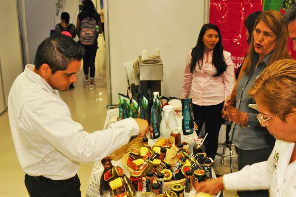 Empresarios de la región calificaron de exitosa la Expo Agro, Industrial y de Negocios, logrando conocer alternativas de desarrollo y de negocios.