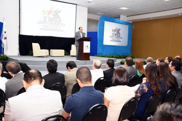 Es necesario hacer frente a los retos nacionales: Mario Lozoya