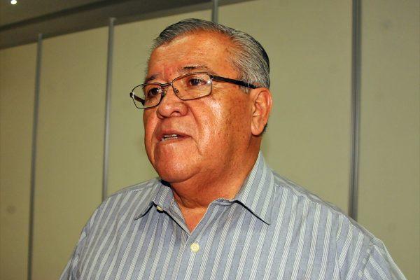Industriales demandan a la Secope acelerar los trabajos de pavimentación de las calles Tamazula y Piedras Negras, informó Oswaldo Juárez.