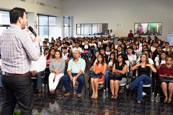 """Dirección de la Juventud presenta """"Vivir es Extraordinario"""""""