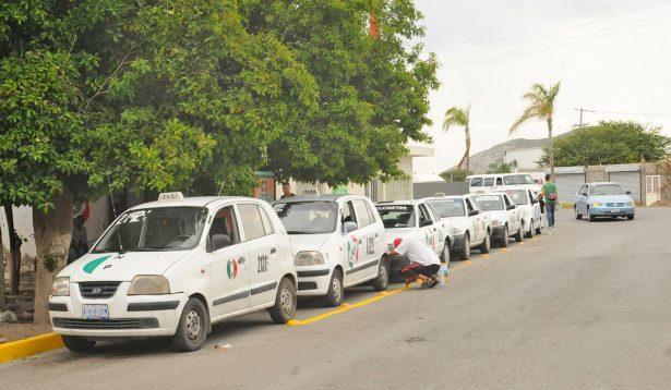 Taxistas carecen de esquemas accesibles para seguros