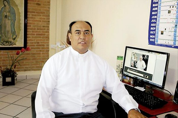 Padre Julio Carrillo Gaucín.