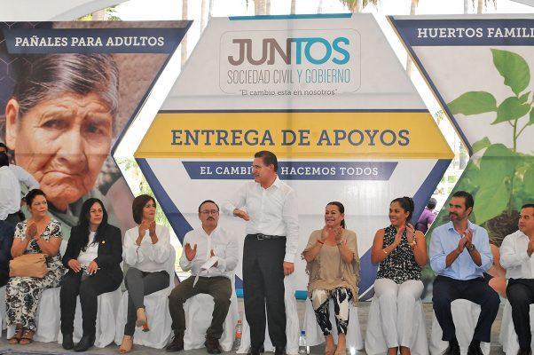 Iniciativa en el Congreso para crear la figura de asociaciones públicas: Aispuro