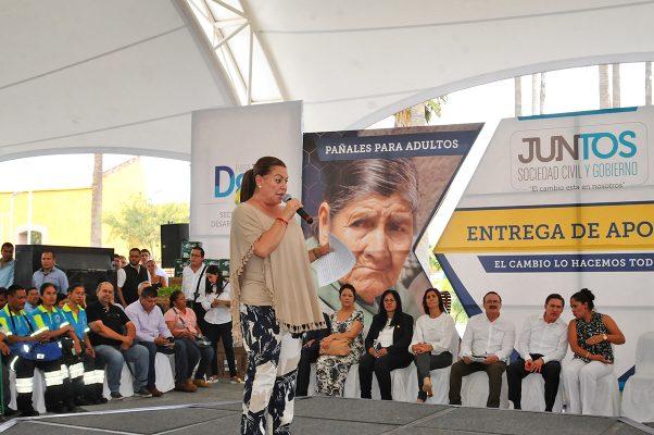 Las acciones que fortalece Aispuro nos hace sensibles: Lety Herrera