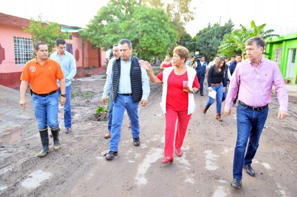 Ayuda inmediata para las alrededor de 200 familias que padecieron los efectos de la inundación que las lluvias provocaron el martes, ofreció el alcalde Jorge Luis Morán Delgado.