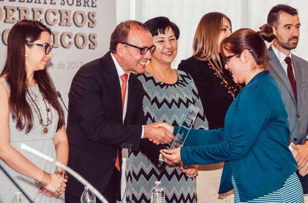 Premian a Ganadores de la Competencia Nacional de Debate sobre Derechos Políticos