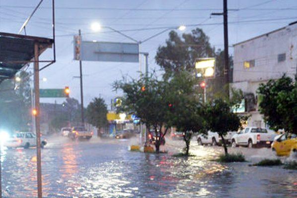 Pese a las fuertes lluvias, Torreón se mantiene iluminado: CAPT