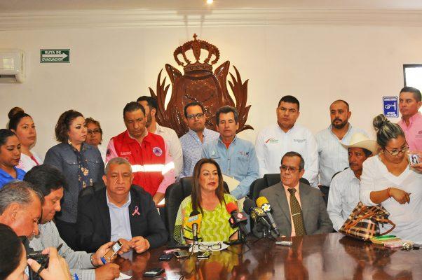 Urge pavimentar Gómez Palacio: Lety