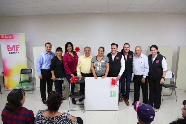 Entrega DIF Coahuila equipo a comedores comunitarios