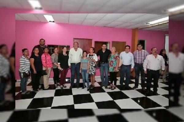 Familiares de desaparecidos reciben apoyo del gobernador y fiscal general