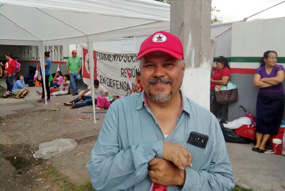 Bloquea UNTA la avenida Zarco frente a Sagarpa — EN VIVO