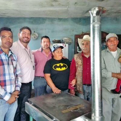 Esperan entregar 50 estufas ecológicas en breve en La Laguna de Durango.