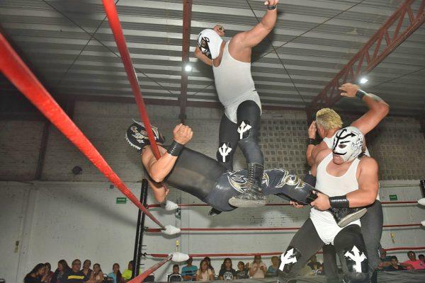 Grandes contiendas de lucha libre en la Arena La Rosita