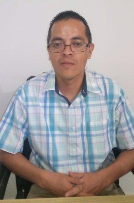 Juan José Becerra Pineda, vocal de la Junta Distrital 01.