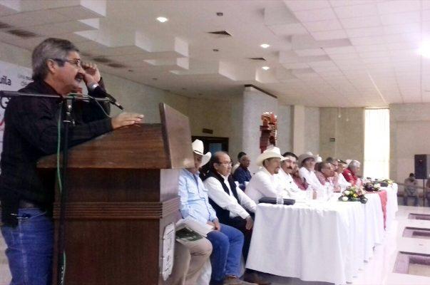 Con la representación de los delegados federales, habló el ingeniero Reginaldo de Luna, de SEDATU.