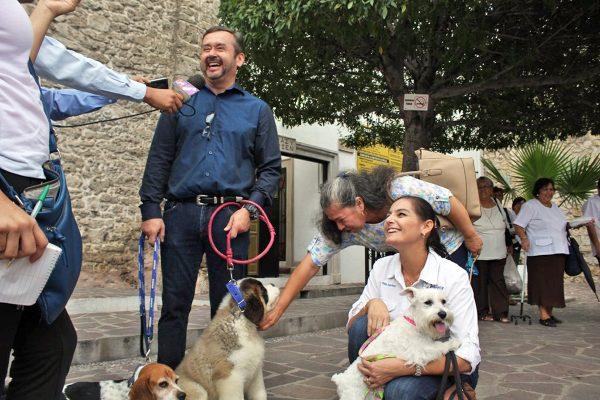 Bendicen mascotas en parroquia de San Francisco de Asís de Monclova