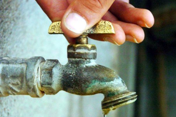 Propone diputada eliminar cobro de reconexión de agua