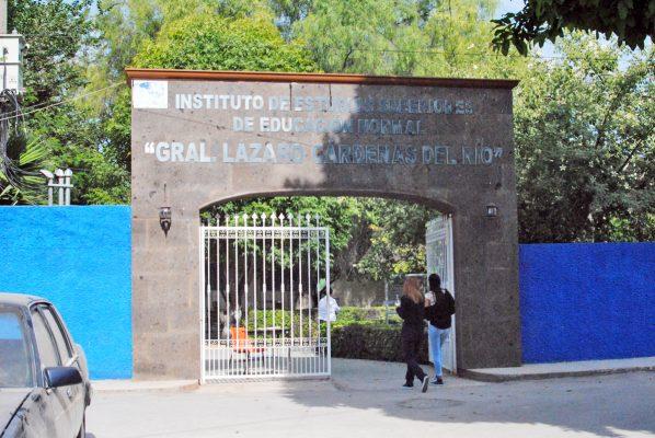 """La Escuela Normal Superior """"Lázaro Cárdenas"""" festejará su 44 aniversario"""