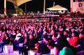 Cientos de duranguenses se dieron cita al inicio de actividades de La Kermesse Para Todos 2017, la cual arrancó con la actuación de La Banda MS.