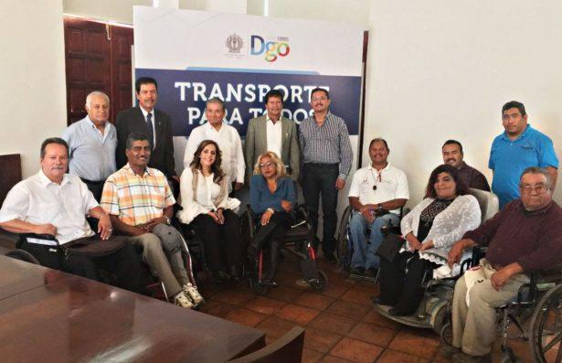 """Respalda Aispuro programa """"Taxi Incluyente''"""
