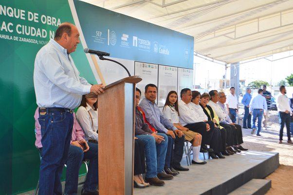 Se celebró ayer el inicio de los trabajos de construcción de un nuevo plantel del Colegio de Bachilleres de Coahuila y dos más del sistema CECYTE, en actos presididos por el gobernador Rubén Moreira.