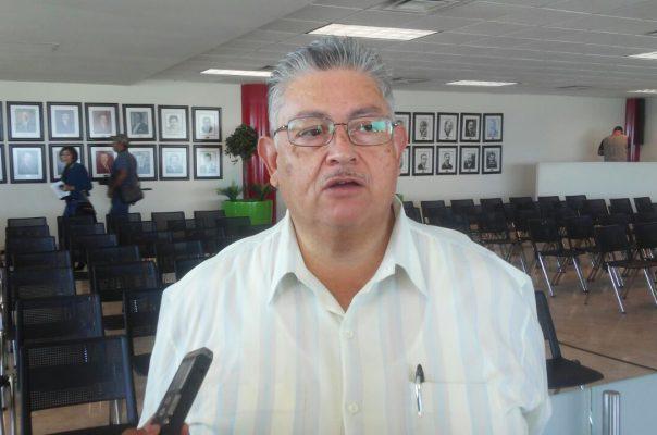 Pedro Pasillas Mijares, dirigente de comerciantes del mercado Alianza.