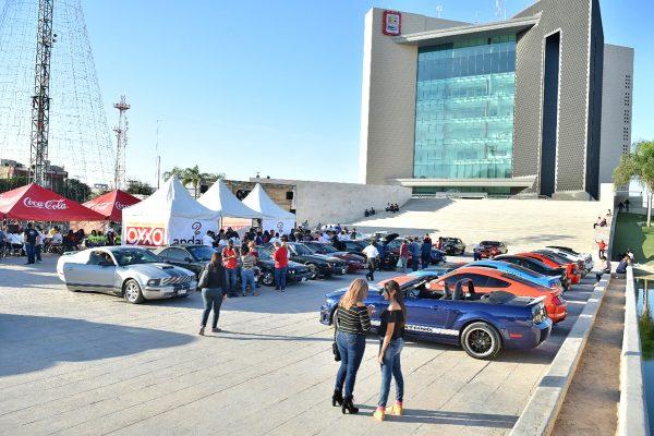 Mustang Club Metrópoli Laguna realiza evento a beneficio de Cuadra Paraíso