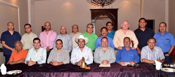Representantes de diversos sectores de la comunidad en rotarios de Monclova.