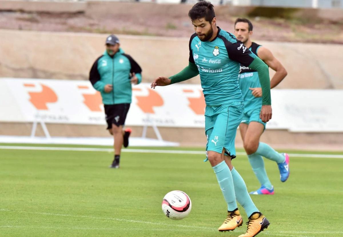 Santos deja ir la liguilla con empate ante Pumas en CU