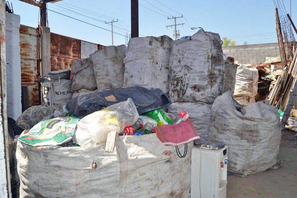 2 contaminación plásticos (Bety 2-3)