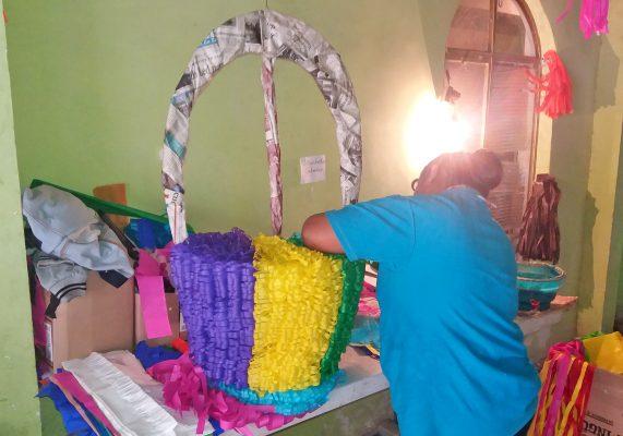 El negocio Arte y Papel se localiza en la colonia San Isidro