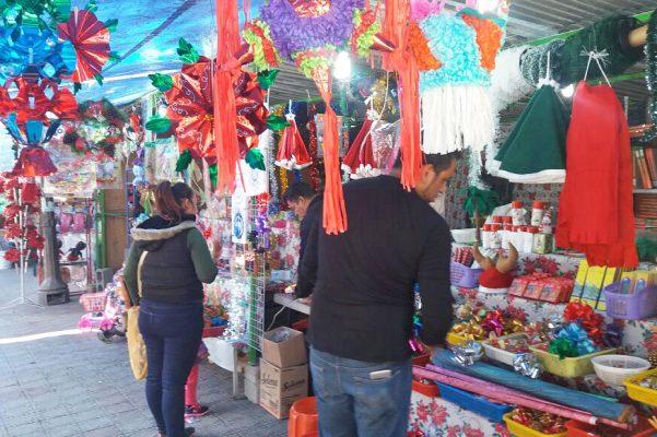 Puestos Navideños de Lerdo esperan repunte de ventas