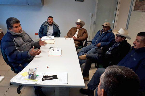 Sostienen reunión representantes de comunidades rurales con la Financiera Rural