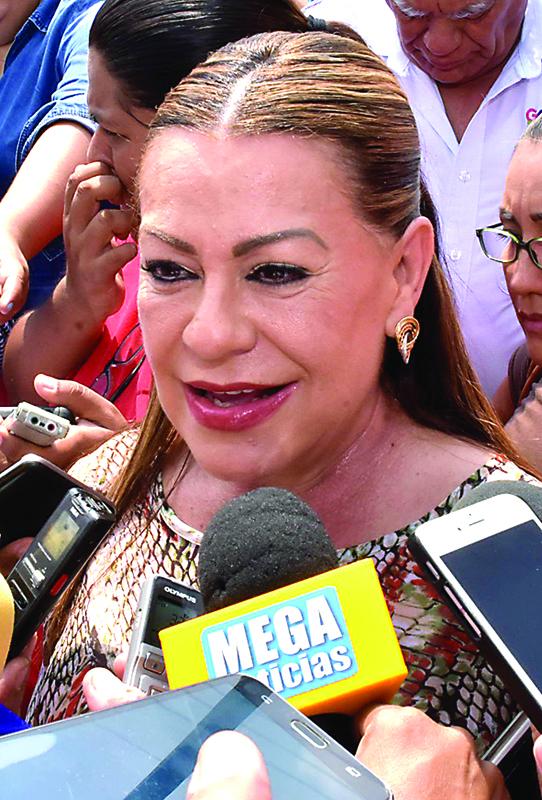 Leticia Herrera Ale, presidenta municipal de Gómez Palacio con licencia.
