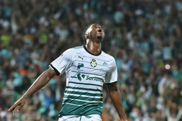 Santos le gana 4-2 a Lobos Buap