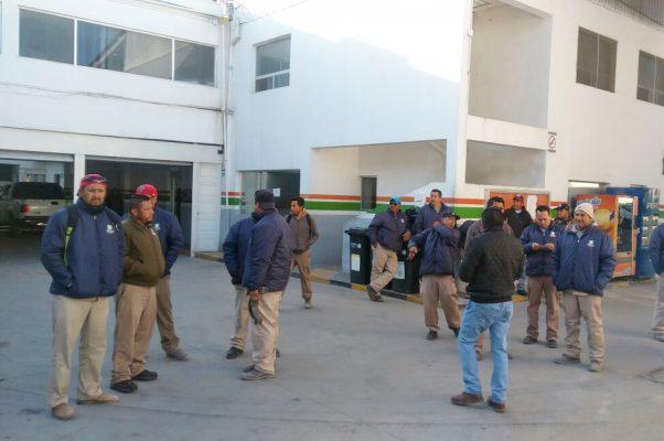 Trabajadores de SIMAS protestan por falta de pago
