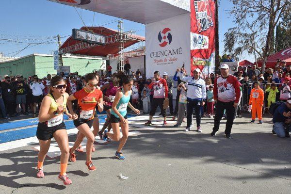 Zacatecas y Kenia se llevan la carrera Elite de Cuencamé