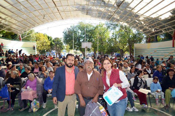 Entregó el DIF 500 apoyos para grupos vulnerables