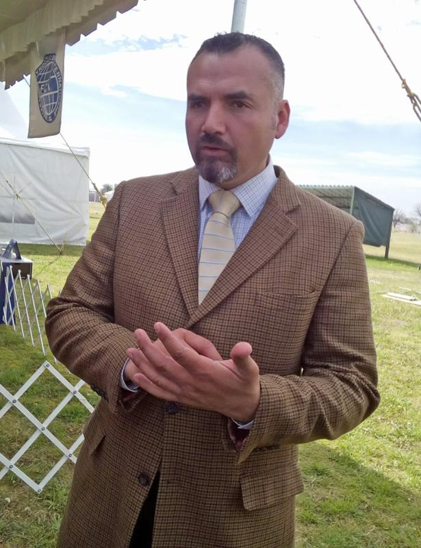Carlos Ocón Rodríguez, presidente del Club Canófilo de Torreón.