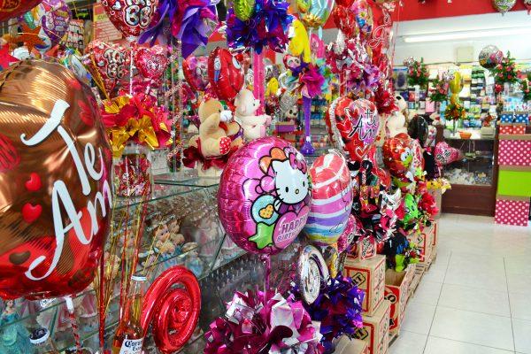 El Día del Amor y la Amistad eleva las ventas en el sector comercio.
