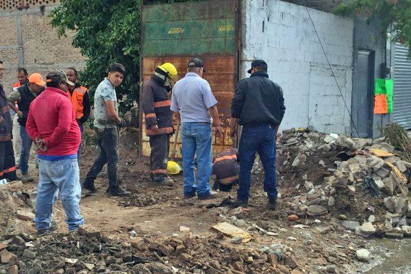 Bomberos atiende fuga de gas natural en Las Magdalenas
