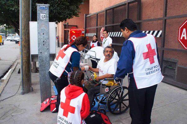 Para conmemorar el 75 aniversario, se realizó un simulacro en las instalaciones de Cruz Roja.