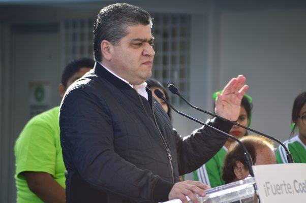 Luego de que concluya su reparación, será ofrecido en venta un helicóptero propiedad del Estado, informó el gobernador Miguel Riquelme.