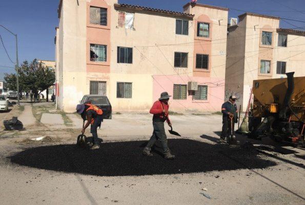 Vecinos de la colonia La Amistad se sumaron a una más de las brigadas intensivas de limpieza promovidas por el Municipio.