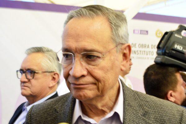 Higinio González Calderón, secretario de Educación en Coahuila.