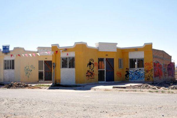 Más de mil 500 casas sin vender en Torreón
