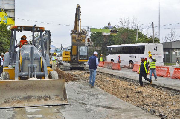 Zermeño vuelve a exigir celeridad en obras del Metrobús