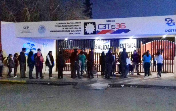 """Intensifican """"operación Mochila"""" en escuelas de Monclova"""